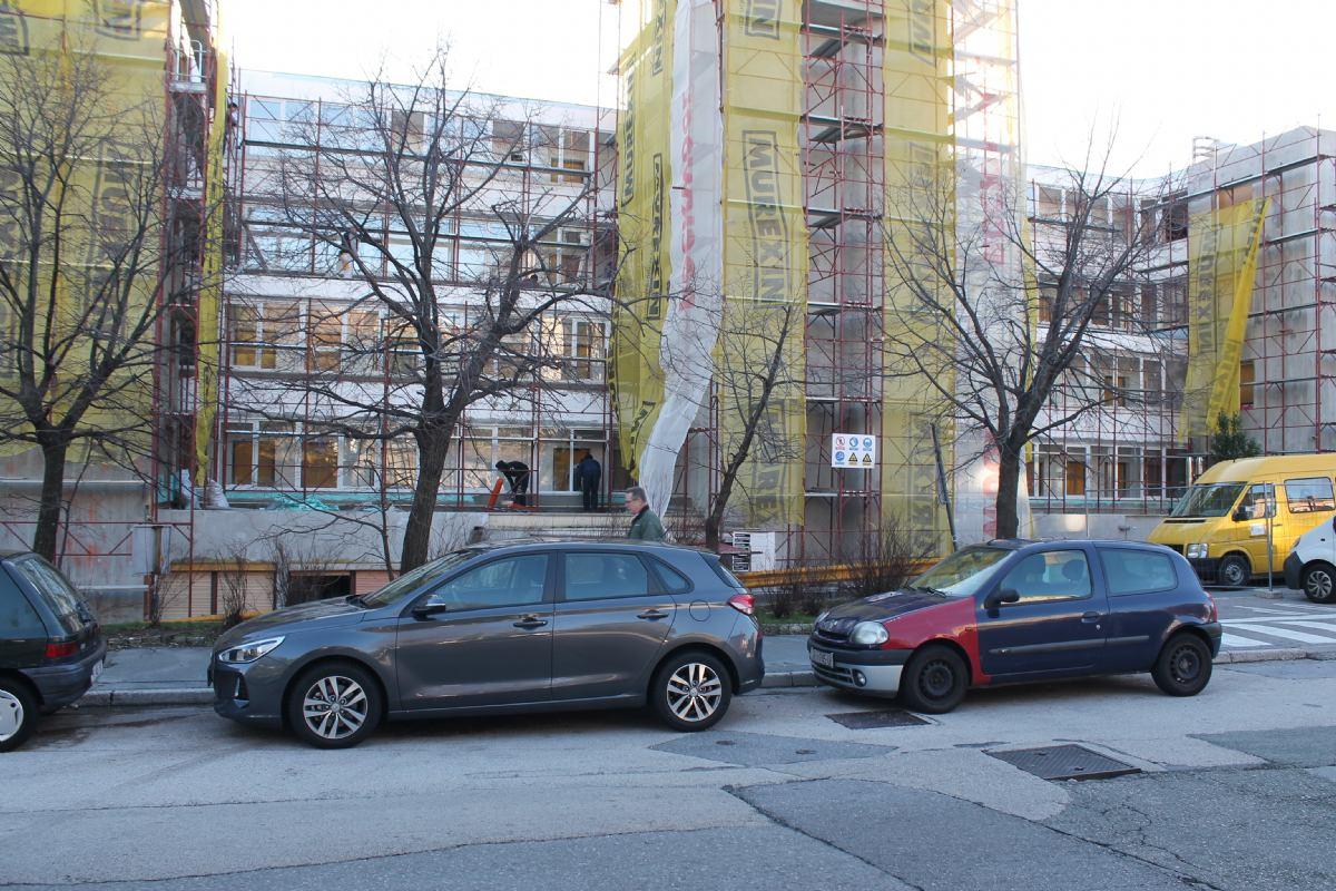 Nakon  ugradnje vlastite kotlovnice, krenula i obnova fasade