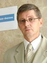 Dr.sc. Eduard Kunštek,